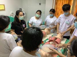 การอบรม การช่วยชีวิตขั้นสูง เพื่อเตรียมพร้อม Extern ไปปฏิบัติหน้าที่กับผู้ป่วยจริง